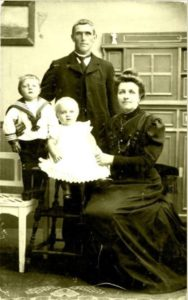 Jan Beentjes (1880-1961) en Guurtje van Duivenvoorde